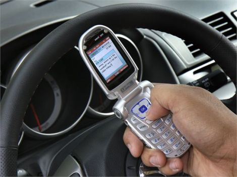 Study Reveals Driving and Texting Reach Epic Numbers
